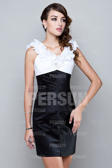Chic white and black formal dress with ruffles V neck