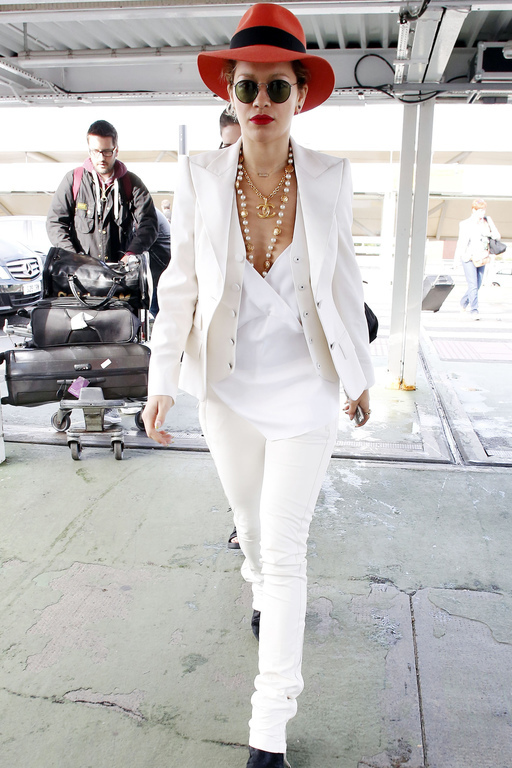Rita Ora white look