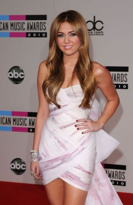 Miley Cyrus evening dress with bow