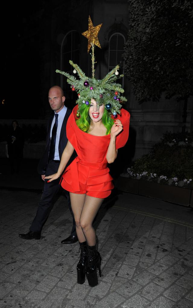 Lady Gaga's red short dress