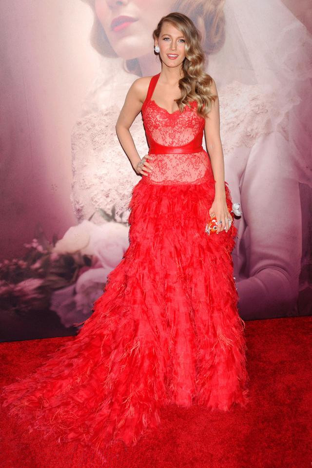 Monique Lhuillier 2012 Winter Series red evening dress