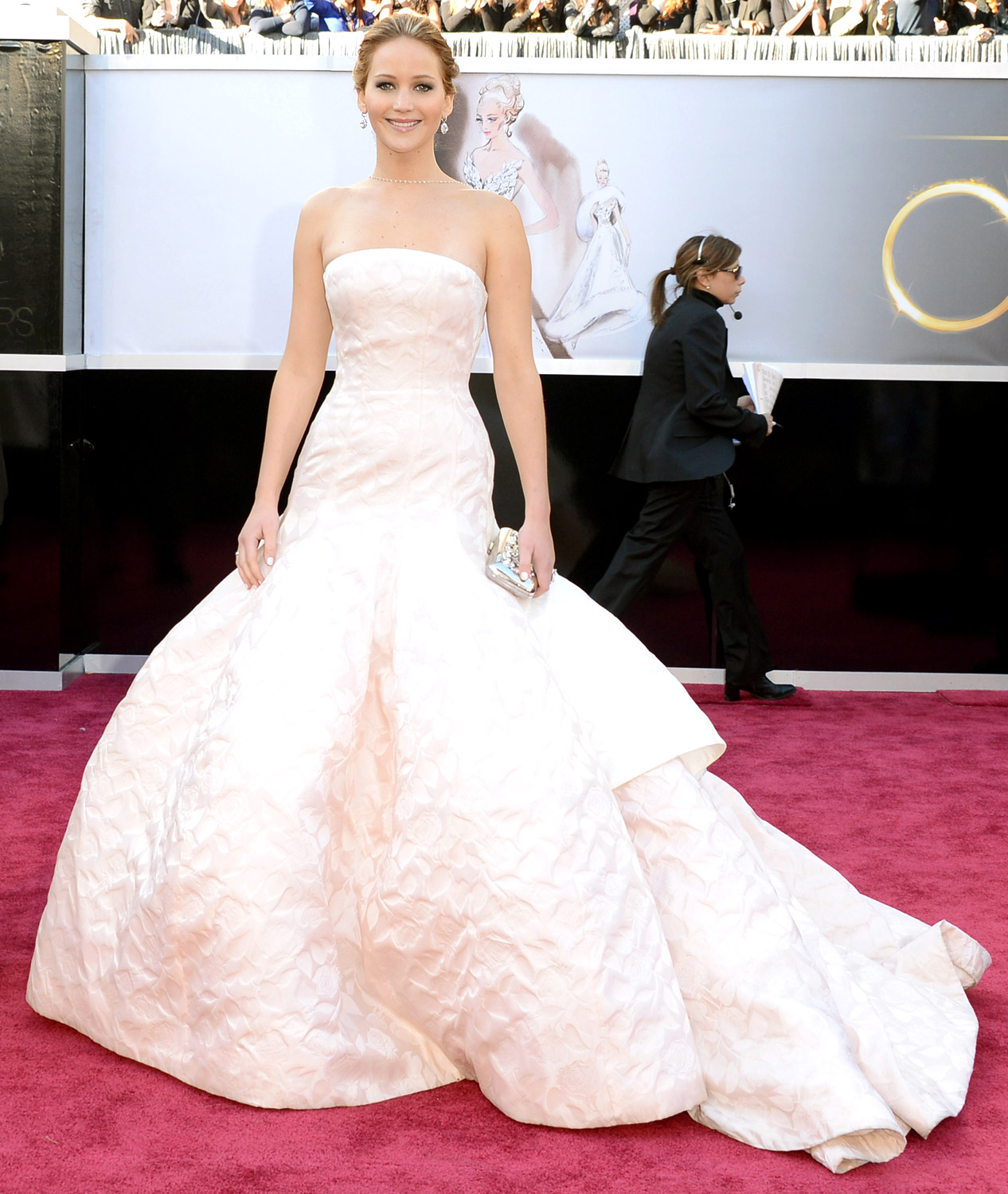 Jennifer Lawrence's dior red carpet dress