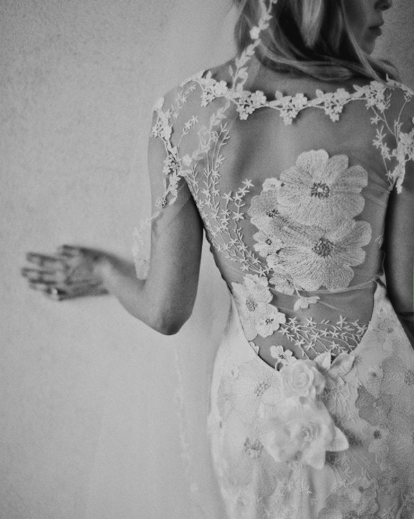 embroidery wedding dresses